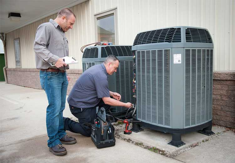 Air Conditioner Maintenance Technician